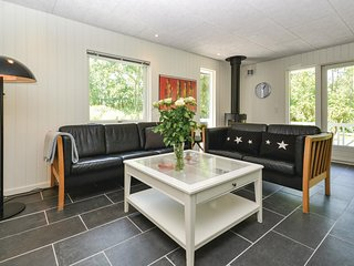 Stunning home in Fanø w/ WiFi and 3 Bedrooms (M21230)