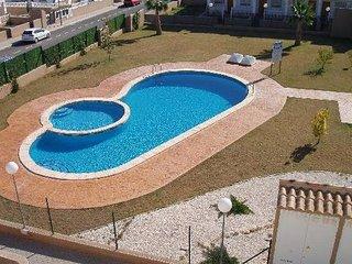 La Cinuelica R11 Grd Flr overlooking Com pool L111