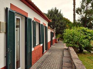 Loureiros Cottage, a Home in Madeira