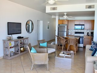 Coral Gardens - 1 bedroom, pullout sofa - sleeps 2-4, right on Grace Bay beach