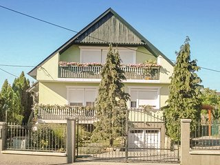 Awesome home in Gyenesdiás w/ WiFi and 3 Bedrooms (UBN726)