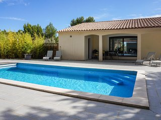 Stunning home in Caunes Minervois w/ Outdoor swimming pool and 3 Bedrooms