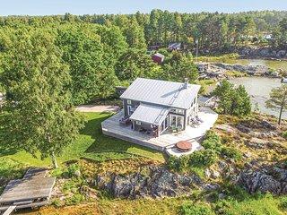 Stor, härlig solterrass med utsikt över Vänern! (S45239)