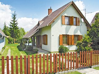 Beautiful home in Lipót w/ 3 Bedrooms (UDI107)