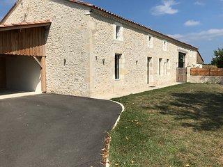Gîte Les Bruyères Erica entre Saint-Emilion et Bergerac avec piscine privée