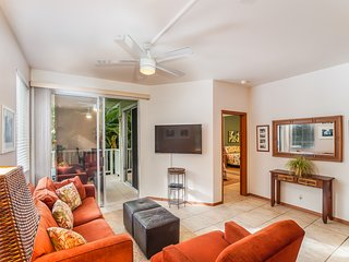 Beautiful 2 Bed 2 Bath Unit Right By Kahalu'u Beach