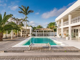 Byron Bay Luxury Holidays - Bisque House
