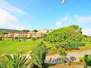 Cap Esterel Village : studio etage vue golf J2 : 368la