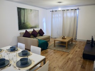 Modern Large Apartment in Hammersmith - 5 minutes from the station