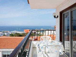 HomeLike Stunning Sea Views Adeje, Wifi & Pool
