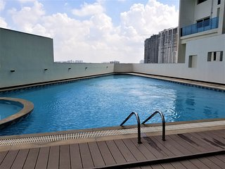 Luxury 2bhk Huge monthly weekly discount with Pool Spa Gym at Prime location