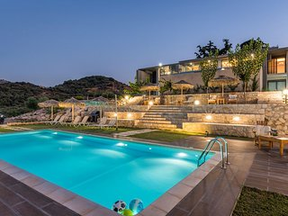 Brand new villa Olive with 7 bedrooms and heated pool