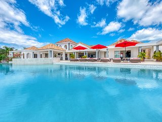 JUST IN PARADISE... Fabulous new luxury 3 BR  villa in prestigious Terres Basses