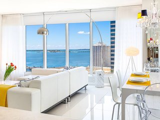 Icon Residences by Miami Vacation Rentals - Icon 1608 . Corner Condo,  Ocean