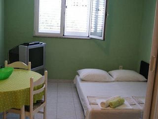 Nice apt in Zadar & Wifi