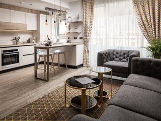 Kanopian Penthouse Hotel