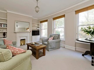 Long Stay Discounts - Charming 2-Bed Fulham Apt