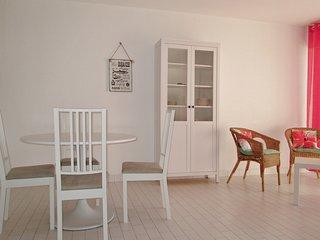 Nice studio near the beach & garden