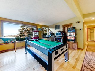New listing! Charming ocean view home w/ game room