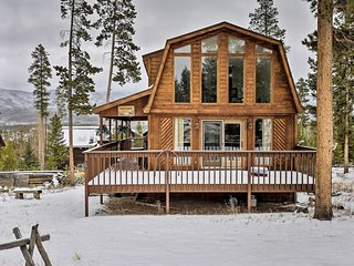 NEW! Dog-Friendly Cabin, 2 Mi to Lake Granby!