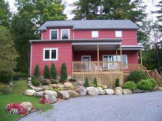 Lake George 4-Bedroom Waterfront Home