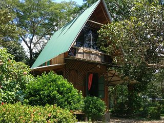 Casa Frijolar - For Nature Lovers and Surfers - Walking Distance to the Beach
