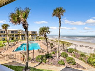 Waterfront condo w/ shared pools, sports courts, & direct beach access