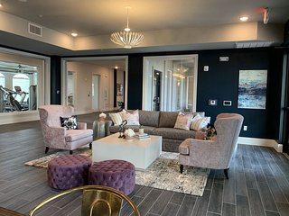 Perfect for a group of 4 Suite at NOLA Mid City