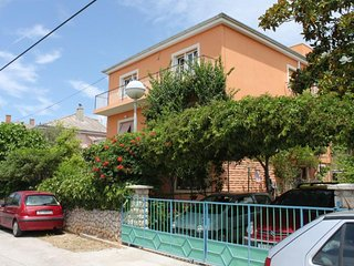 Two bedroom apartment Mali Lošinj, Lošinj (A-7972-a)