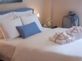Athenian Experience Apartment, Athens Center, 7 min to metro,15 min to Acropolis