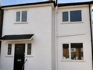 Modern Rochester 3 Bed House