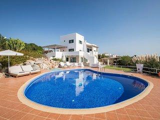 Fedra 7BR Luxury Villa In Tersanas, Chania