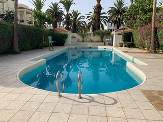 APPARTEMENT WITH SWIMMING POOL