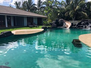 7Bdm home in Waialua~Pool~Waterfall~Gated & Private~near beach