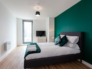 Elite Sunrise Luxury 3 bed with GYM