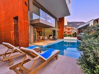 Concept villa under walking distance to the center under D400 road, Altes-5