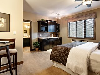 Invermere Bighorn Meadows Resort Guest Room (King or Queen)