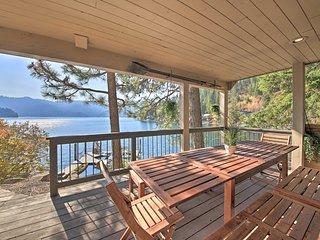 NEW! Waterfront Hayden Lake Studio w/Beach Access!
