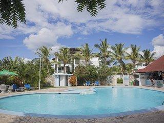 Bela Villa Apartment with Garden Views IDA 204