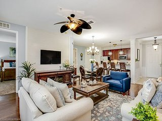 Freshly updated 3-bed, 2-bath luxury condo for your perfect Florida vacation.