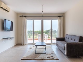 Tekhelet Apartment With Sea view