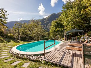 Stunning home in Vallico Sopra LU w/ WiFi, 3 Bedrooms and Outdoor swimming pool