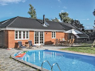 Beautiful home in Præstø w/ Sauna and 3 Bedrooms (K51705)