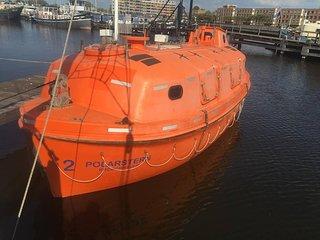 PolarStern - unique boatstay!