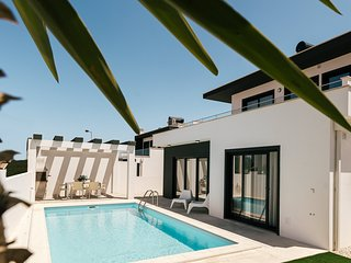 Obidos house with private pool