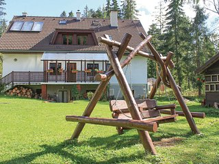 Stunning home in Tatranska Strba w/ Sauna, WiFi and 8 Bedrooms