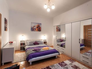 Old City Muresenilor * 67sqm* right in the hart of the old town!