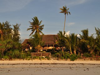 Authentic experience a stylish Swahili-Colonial villa the most beautiful beach