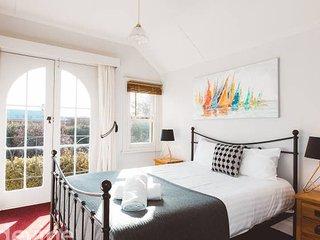 Terraces On Davey + 2 Bedroom + WIFI
