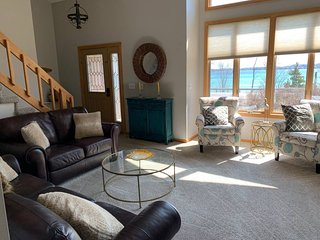 The Harbormaster of Suttons Bay - Gorgeous Bay View